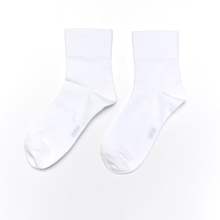 Soxworld Basic Women Calf Socks (White)