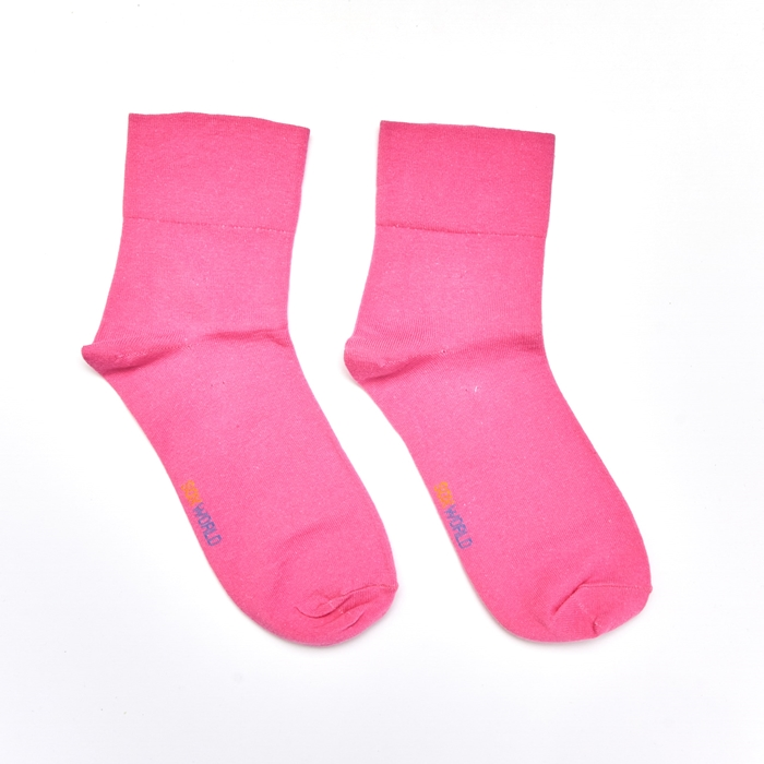 Soxworld Basic Women Calf Socks (Pink)